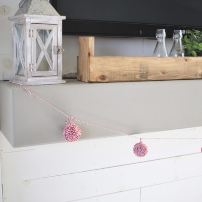 Easy DIY Christmas Garland