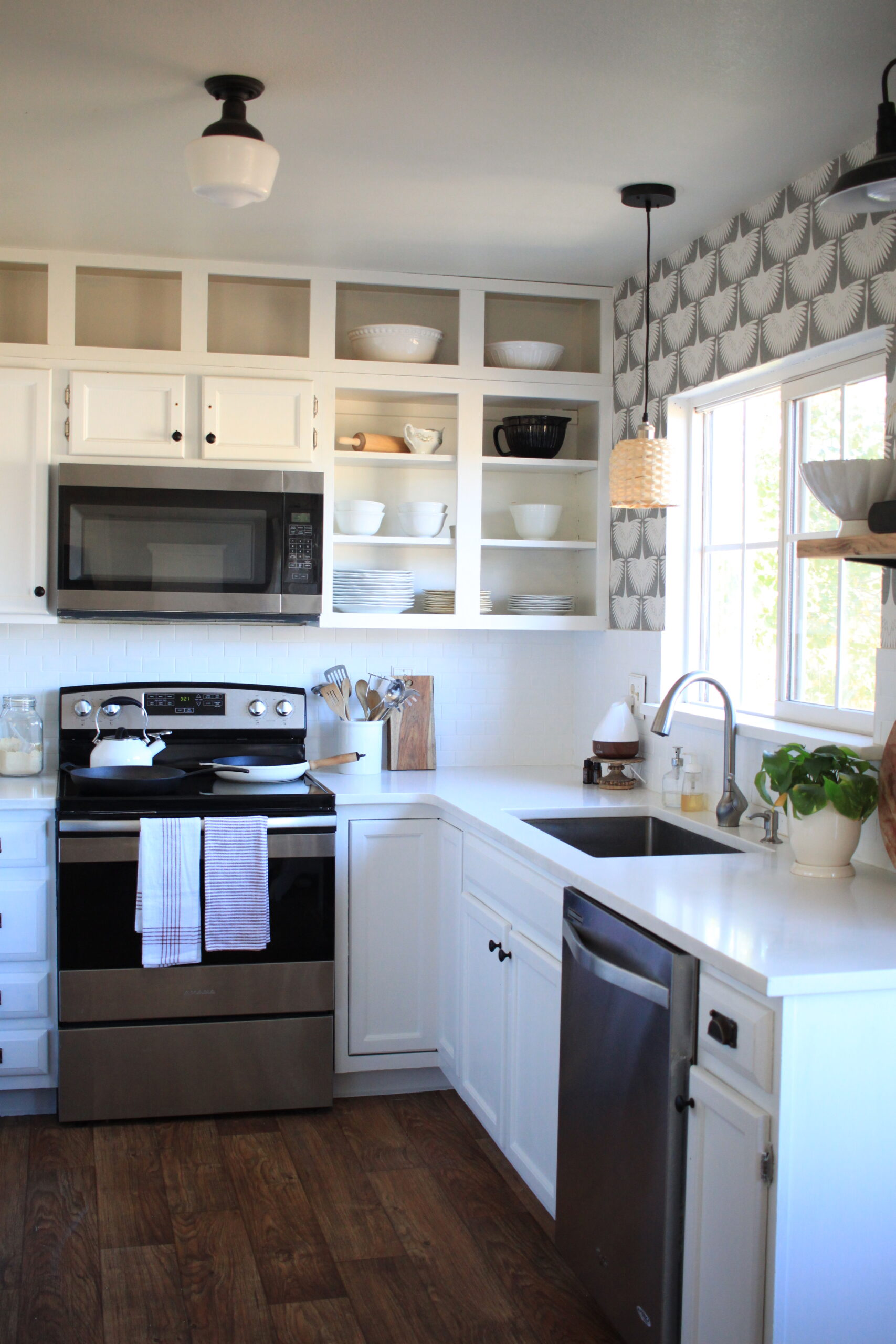 How to Paint your Cabinets without sanding